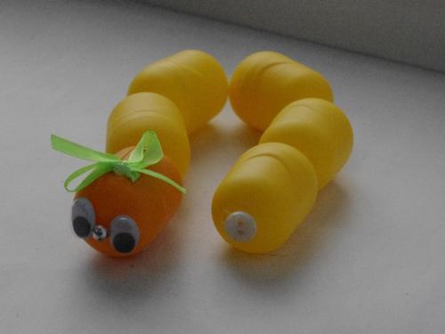 Поделки из киндер-сюрпризов. Мышь из яиц от киндер 16