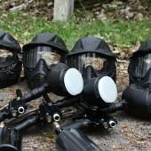 маски и оружие