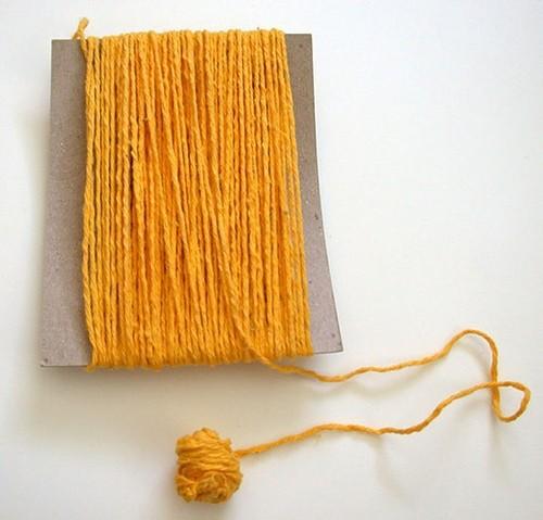 Как сделать шерстяные нитки своими руками 5